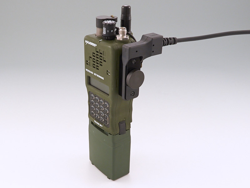 An Prc 152 Connector